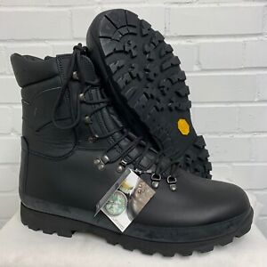 ALTBERG BLACK LEATHER DEFENDER COMBAT BOOTS - 15 Wide - British Army  NEW
