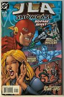 JLA SHOWCASE 80-PAGE GIANT / 7.0 VERY FINE / DC English 2000