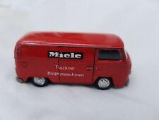 Schuco Modell No.317910 VW Bus T2 Miele rot Transporter 1:66 Oldtimer Modellauto