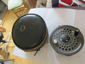 V good orvis battenkill disc england 8/9 trout fly fishing reel + case