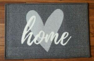 NEW GREY WHITE HOME LOVE HEART MACHINE WASHABLE DOORMAT INDOOR DOOR MAT 40 x 60