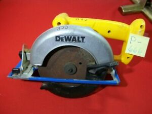"""PREOWNED DEWALT 6.5"""" CIRCULAR SAW 18 VOLT TESTED WORKS VERY WELL BATTERY N/I VGC"""