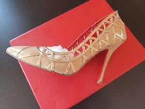 BNIB Charles Jourdan Paris Idelle Gold Pump Size 37