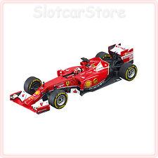 """Carrera Evolution 27497 Formel 1 Ferrari F14 T """"K.Räikkönen, No.7"""" 1:32 Auto"""