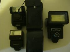 Lot of 3 Flash attacchments Cannon Nikon,Vivitar with cases