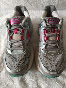 WOMEN'S BROOKS GHOST 8 ATHLETIC CROSS TRAINING SHOES SIZE 5.5 GRAY & PINK  VGUC