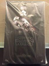 Brand NEW, Hot Toys Captain Phasma, Star Wars, The Force Awakens, MMS328