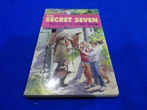 THE SECRET SEVEN - FUN FOR THE SECRET SEVEN BY ENID BLYTON (SMALL PB BOOK)!!