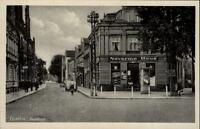 Genthin alte Postkarte ~1940 Straßenpartie in der Poststrasse Naverma Haus Auto