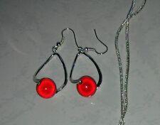 1 paire de boucle d oreille perle magique rouge clip ou crochet mariage