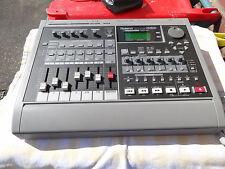 Roland Console/Tabletop Pro Audio Recorders