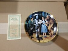 Collectible plate the wizard of oz we're off to see the wizard