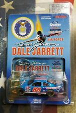 Action Dale Jarrett #88 Quality Care Armed Forces Air Force 1:64 Nascar