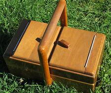 ancienne travailleuse en bois art déco,  fils, aiguilles et divers