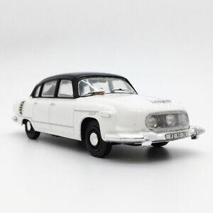 1:43 Vintage Tatra 603-1 Model Car Diecast Vehicle Miniature Collection White