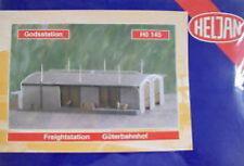 HELJAN HO SCALE PLASTIC MODEL KIT GOODS STATION HEL0145