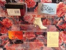 "Just The Right Shoe Raine Originals - ""Let It Snow "" 2001 New X-Mas Ornament"