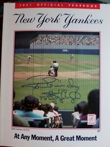 1991 NEW YORK YANKEES YEARBOOK SIGNED ON COVER RON GUIDRY DAY #49 CY YOUNG 1978