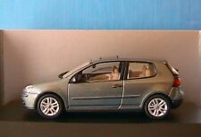 VW VOLKSWAGEN GOLF 5 V 3 PORTES SCHUCO 1/43 GRIS VERT