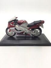yamaha thunderace moto miniature  maisto 1/18  très bon état