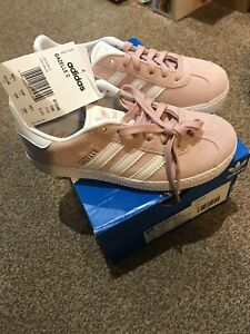 Girls Size 12 Adidas Gazelle Pale Pink Suede Trainers, BNWT & Box