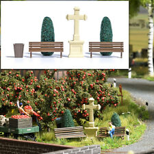 Park benches, trees (thujas) and stone cross - Busch 1236 - OO/HO Accessories P3