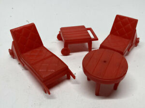 Red Patio Plastic Doll House Furniture Superior Lounger Lot 4 pcs