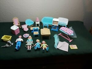 (LOT) Fisher Price Loving Family Dollhouse Furniture Accessories & people