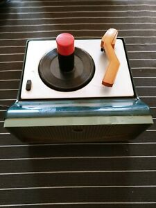 Deluxe 3 45 Rca Record Player