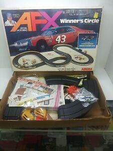 AFX AURORA HO WINNER CIRCLE  VINTAGE RACE SET w/ 1 NON-ORIGINAL CAR.  CAMARO