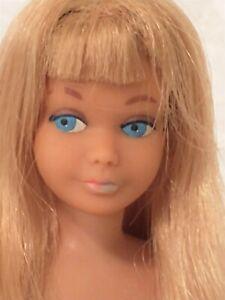 Vintage Barbie sister SKIPPER BLONDE straight leg Mattel 1960s