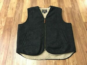MENS LARGE - Woolrich Sherpa Lined Wool Vest
