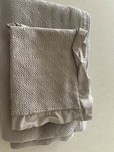 threshold queen quilt and Pillow Shams - Gray Geometric