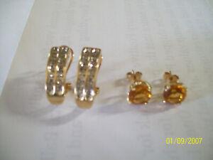 2 Pair of 10k Gold Earrings 7.1 grams Super Nice