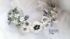 Tocado boda Diadema para Novia Flores de Porcelana BLANCAS hecho a mano
