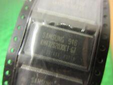 2X KM432S2030CTG7, 2 M x 32 SDRAM, 512K x 32bit x 4 banche TSOP
