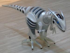 RoboRaptor - Roboter Dinosaurier - ferngesteuert - 80 cm - Wowwee 8095