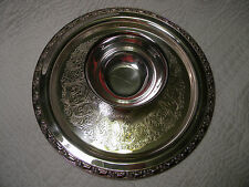 Oneida Ltd Silversmiths Etched Serving Dish with Dip Bowl in the Middle, Great