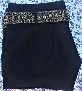 LaROK Women's NWOT Black boy-pant w/ waist belt Short Sz-2