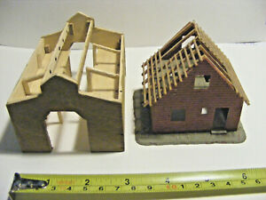 N Scale House & Old Time Wood Barn Under Construction  FILE 2114
