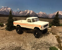 1979 Ford F-250 4x4 Lifted Custom 1/64 Diecast Truck Farm Off Road 4WD Mud F-100