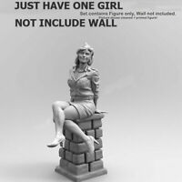 Unpainted 1/35 Resin Figure Model Kit Garage Female Soldier Girl Unassembled GK