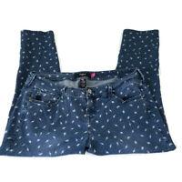 Torrid Womens Plus Jeans 16 Capri Cropped Medium Blue Denim Wash Lightning Bolt