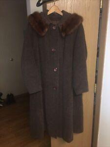 Vintage Bettijean Union Made Women's Brown Mink Collar Swing Coat, Size M