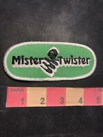Version 1 MISTER TWISTER (Fishing Lure & Line) / Fisherman Patch 92H3