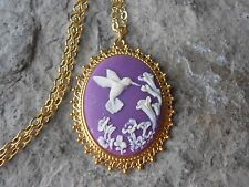 PURPLE HUMMINGBIRD CAMEO GOLD TONE PENDANT NECKLACE - HUMMINGBIRD GIFT - BIRD