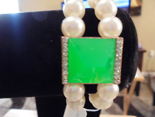 KIDS TWO STRAND PEARL BRACELET W/NEON GREEN CENTER CRYSTAL
