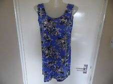 Ladies blue, white and black short dress from Graffic in a size S/M