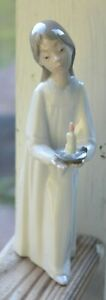 LLADRO Figurine GIRL WITH CANDLE #4868