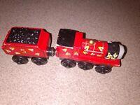 Thomas & Friends Take Along N Play Die Cast Metal Train James Goes Buzz Buzz HTF